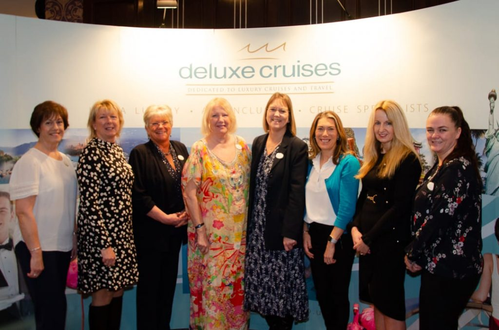 Deluxe Cruises concierge team